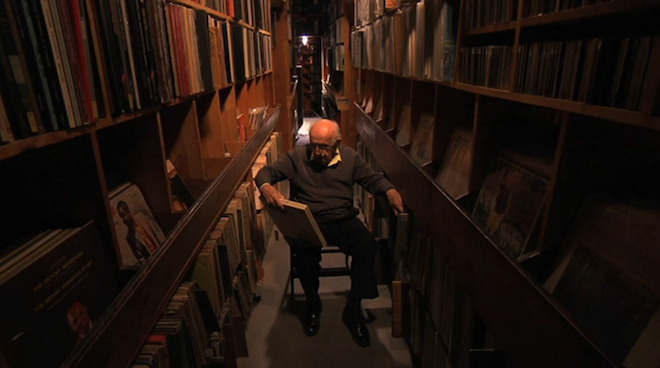 watch-the-beautiful-and-poignant-documentary-music-man-murray-a-short-film-about-88-year-old-record-collector-murray-gershenz