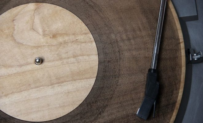 listen-to-the-worlds-first-laser-cut-wooden-record-radiohead-and-velvet-underground-carved-into-maple