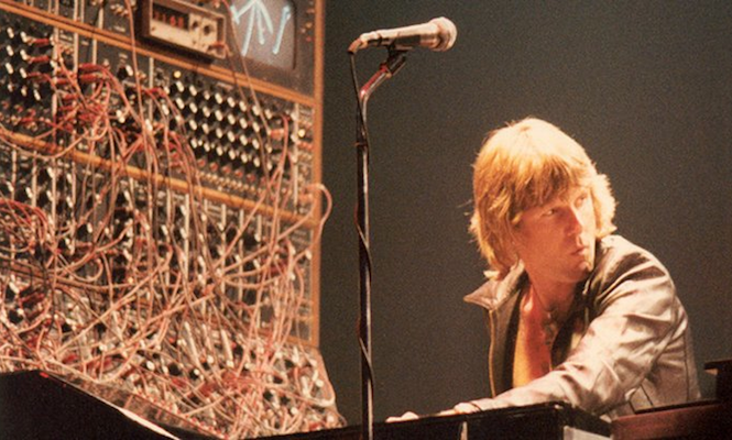 The-14-Synthesizers-That-Shaped-Modern-Music-main