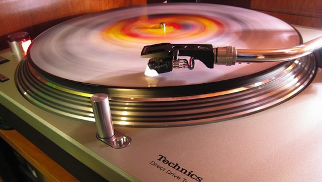 petition-launched-to-reintroduce-technics-turntables