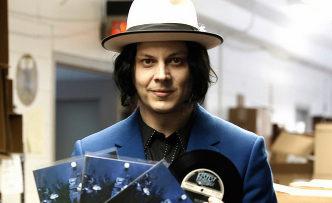jack-whites-lazaretto-breaks-the-record-for-most-vinyl-sales-in-a-week