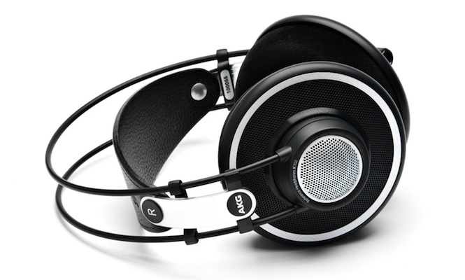the-8-best-headphones-for-listening-to-vinyl-and-why-they-really-make-a-difference