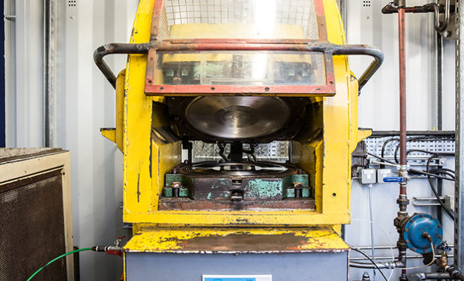 photo-gallery-the-vf-press-the-worlds-first-mobile-vinyl-pressing-plant