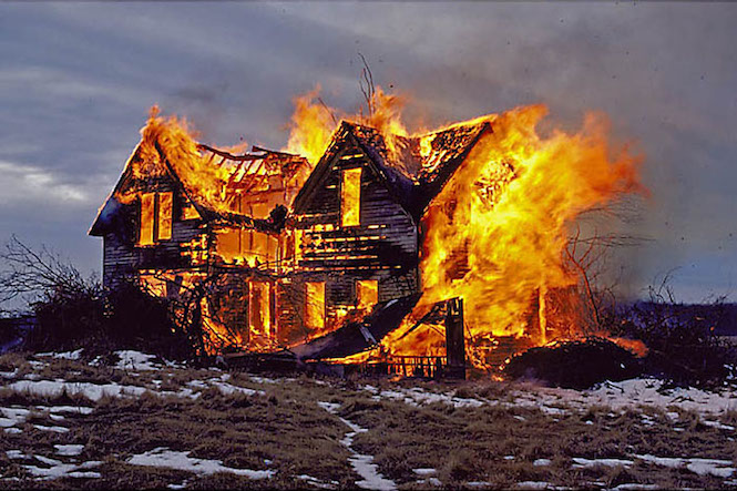 newspaper report on the fire at miss maudie s house What does the fire at miss maudie's house symbolize in to kill a mockingbird and the fire at miss maudie's wanting a smaller house and a.