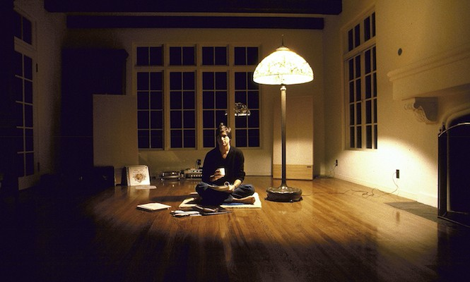 rare-insights-into-steve-jobs-world-of-vinyl-emerge
