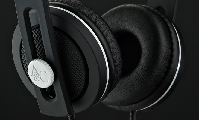carboncans-claim-to-be-the-perfect-headphones-for-vinyl-lovers
