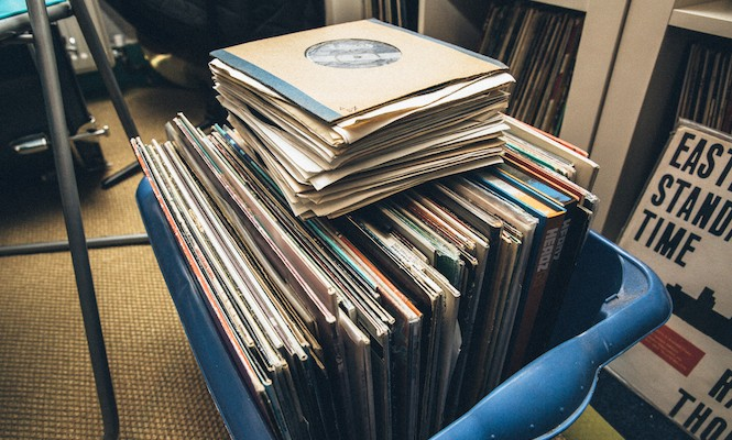 every-single-vinyl-record-played-at-this-clubnight-is-being-given-away-for-free