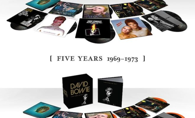 david-bowie-celebrated-with-13lp-vinyl-box-set
