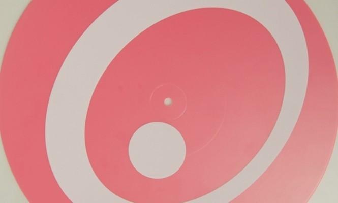 carsten-nicolai-a-k-a-alva-noto-releases-random-groove-on-limited-pink-vinyl