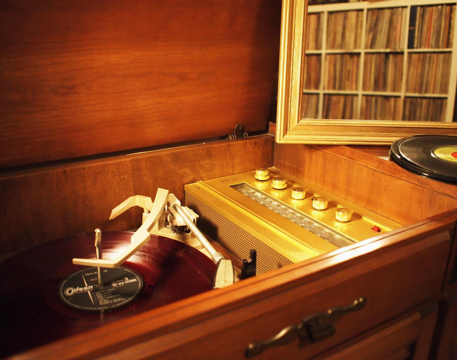Brian Lee - spinning Jeff Beck on the console which belonged to his grandmother.