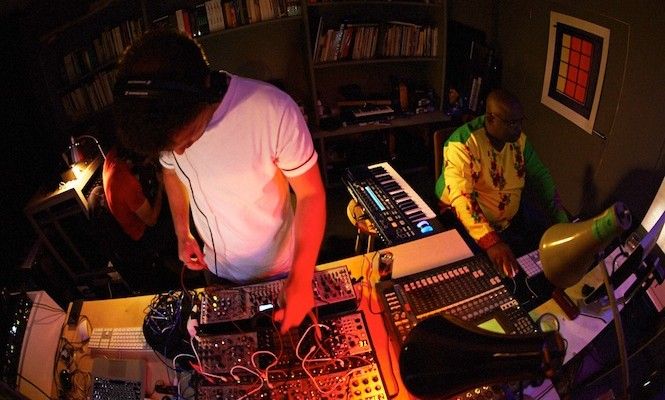 nozinja-recording-new-limited-12-with-mumdance-micachu-and-tirzah
