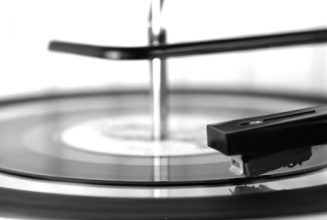 This new service lets you cut mix tapes and playlists to vinyl