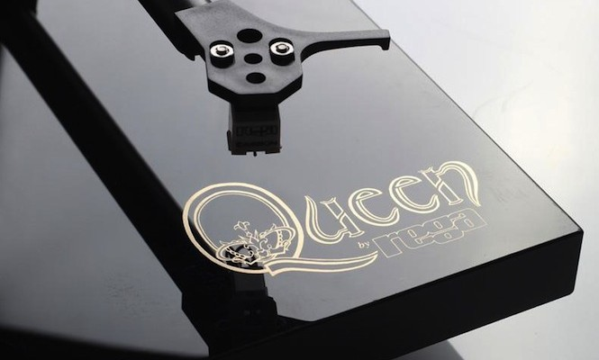 Play Queen's new 18LP vinyl box set on a bespoke Queen turntable