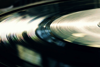 Noel Gallagher dominates best-selling vinyl releases of 2015 so far