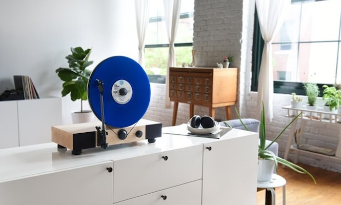 a-behind-the-scenes-look-at-the-floating-record-vertical-turntable