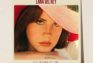 An alternate vinyl edition of Lana Del Rey&#8217;s <em>Honeymoon</em> will be available exclusively from Urban Outfitters