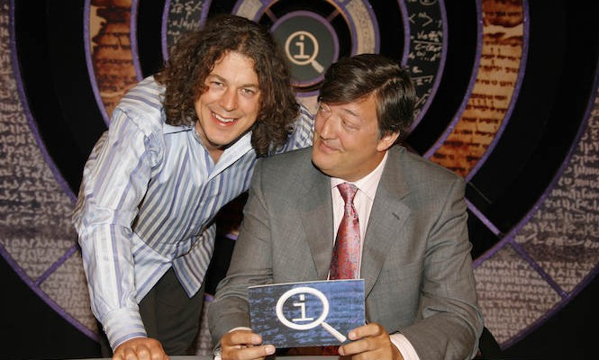 Stephen Fry's QI game show to release podcast on vinyl