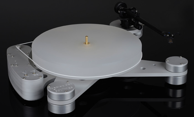 check-out-this-cosmic-stanley-kubrick-inspired-turntable
