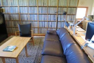 Take an interactive tour of Haruki Murakami's record room