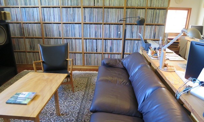 Take an interactive tour of Haruki Murakami's record room