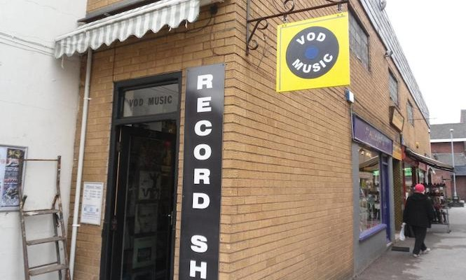 burglars-target-the-uks-smallest-record-shop