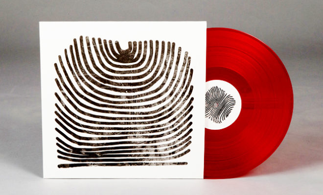 limited-red-version-new-rival-consoles-album