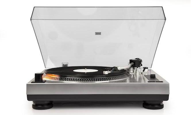 crosley-launch-new-c-series-turntable-range-for-true-vinyl-lovers