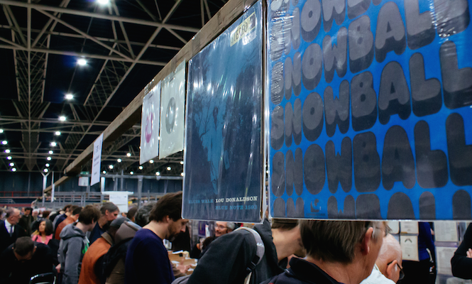 photos-inside-the-worlds-biggest-record-fair