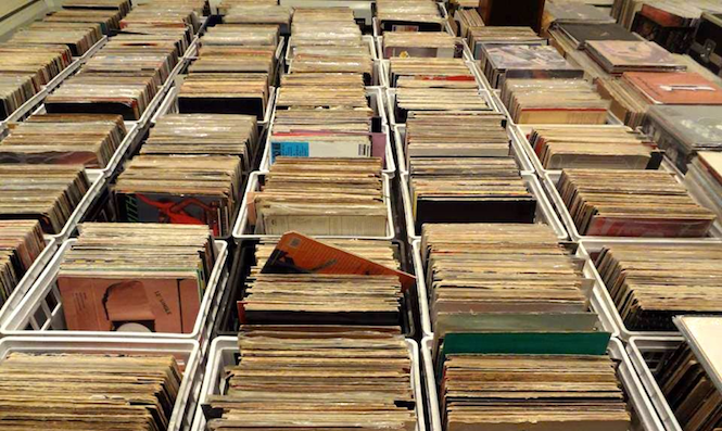 Vinyl Sales Set For Another Record Breaking Year With