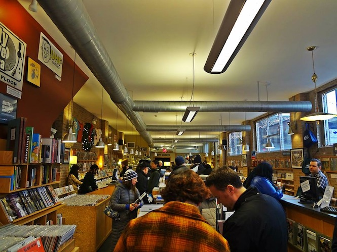 The world's best record shops #003 - Dusty Groove, Chicago