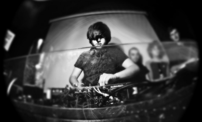 Exclusive: Watch Medlar rock a Boiler Room boat party