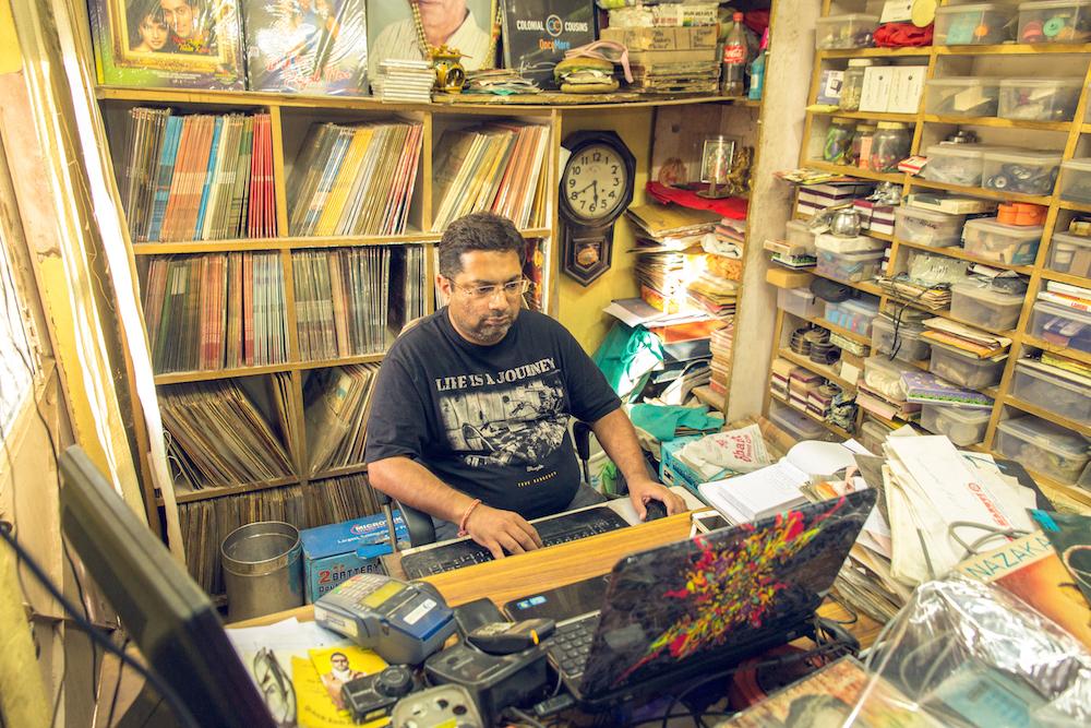 Gramofonske ploče New_Gramophone_House_Delhi_TomDMorgan_BrandNewWayo_HiRes-13