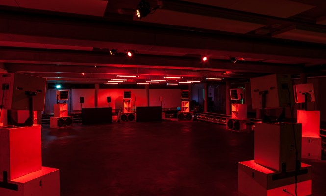 massive-attack-vf-sound-system-the-store-berlin