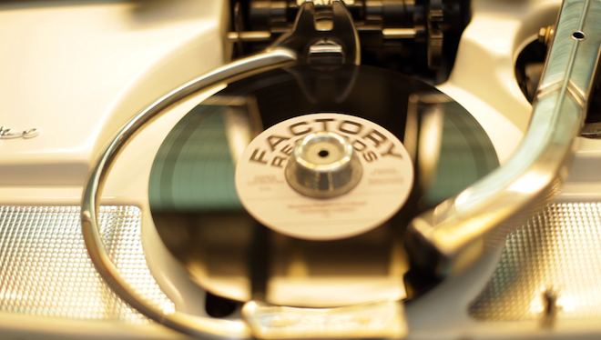 sound-leisure-new-vinyl-jukebox