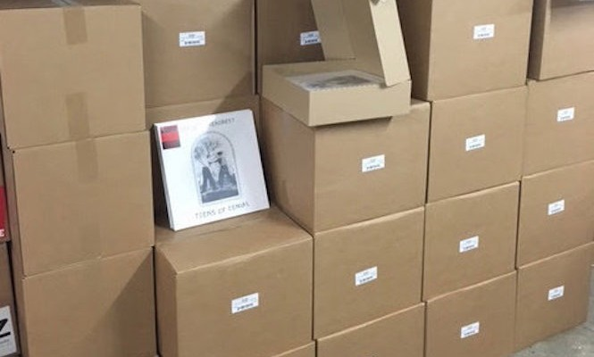 Matador forced to destroy 10,000 vinyl records in licensing fiasco