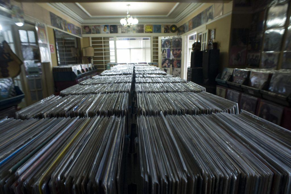 The World S Best Record Shops 038 Casar 227 O Do Vinil S 227 O