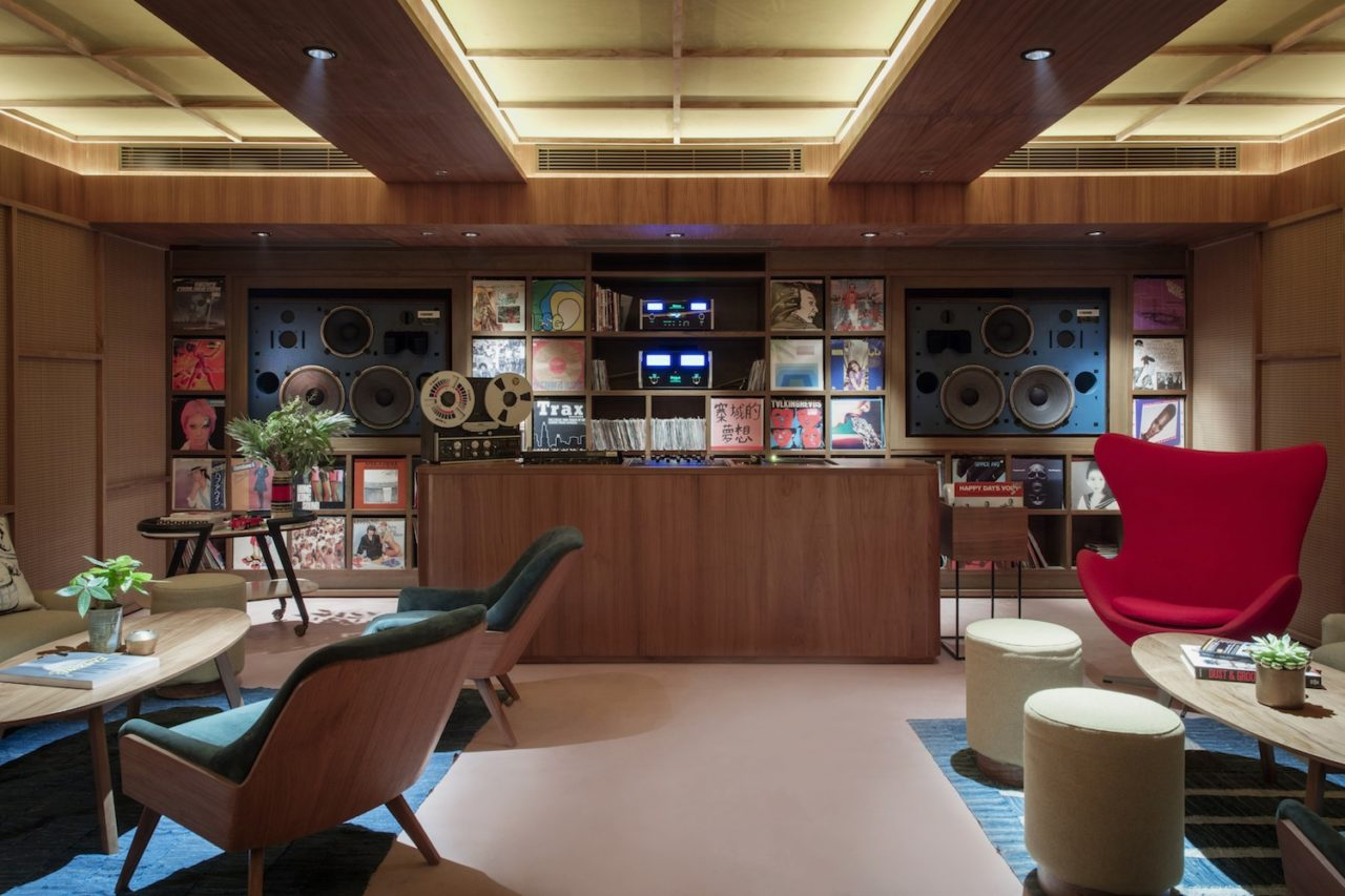A Beautiful Audiophile Listening Space And Vinyl Library