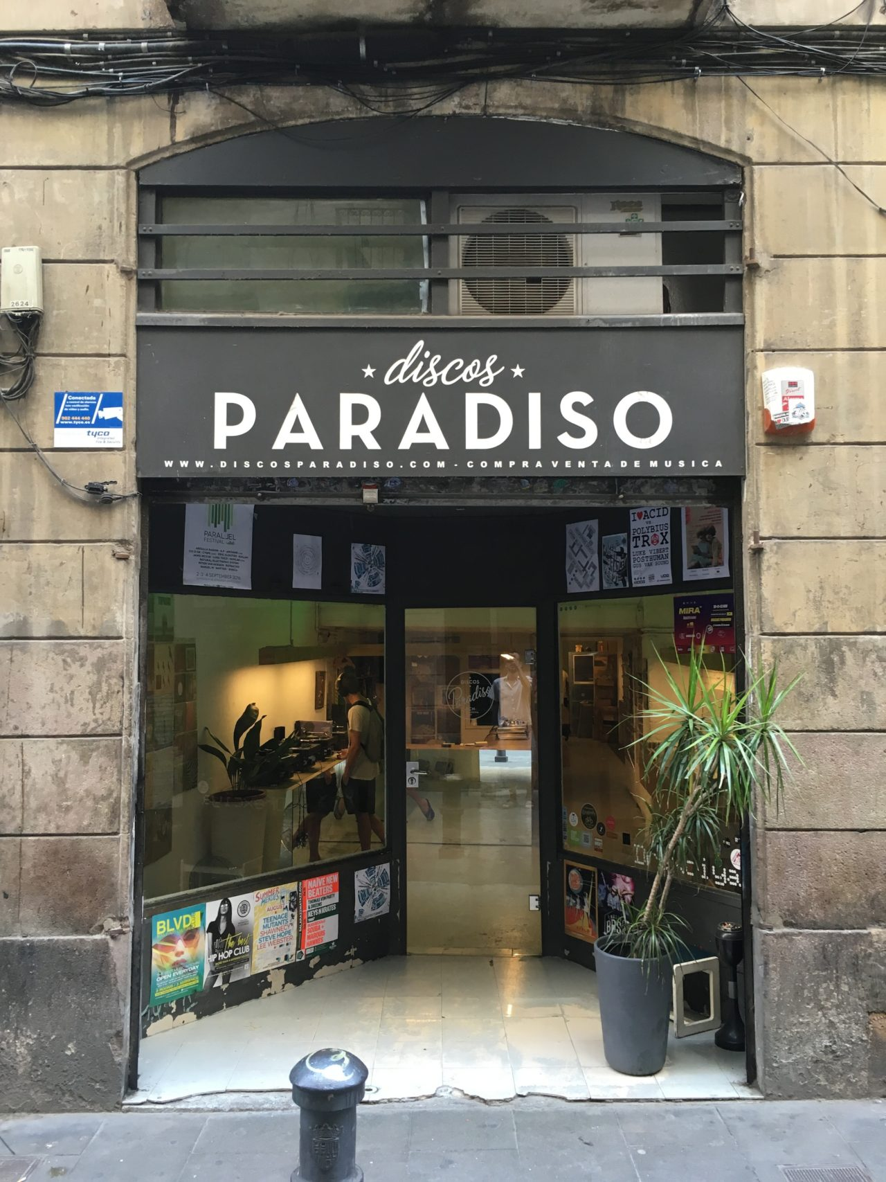 The world's best record shops #034: Discos Paradiso, Barcelona | The Vinyl  Factory