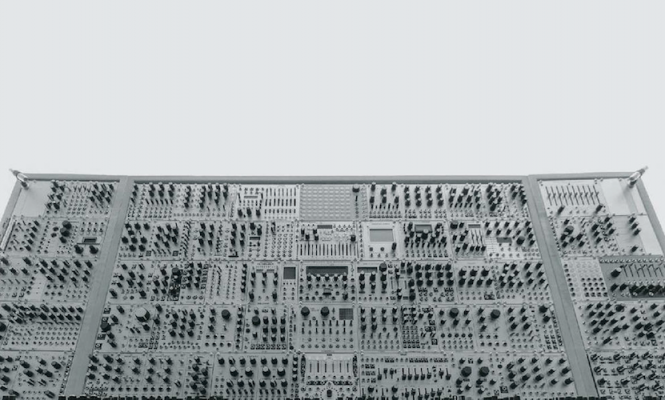 An introduction to modular synths on record
