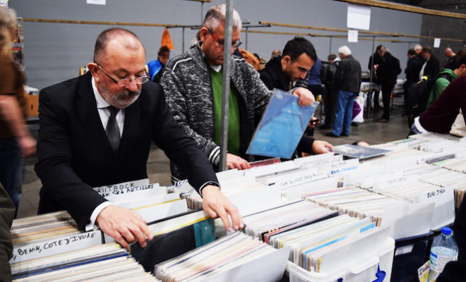 you-gov-study-vinyl-buyers-2016