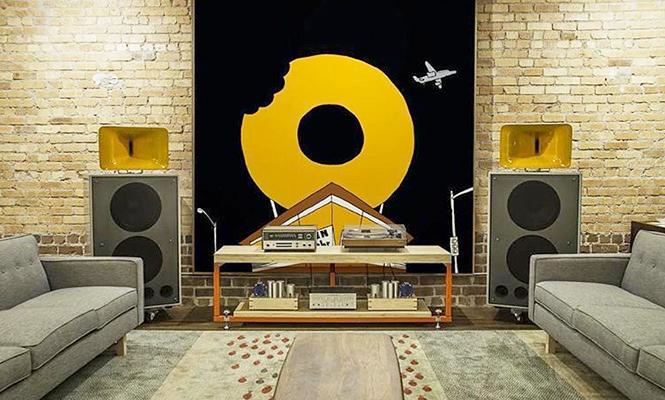 Vinyl  - cover