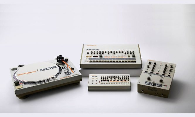 roland-909-themed-turntable-mixer