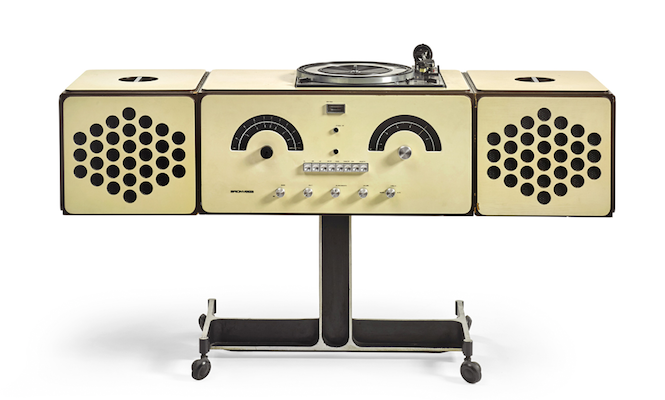 David Bowie's turntable sells for £257k