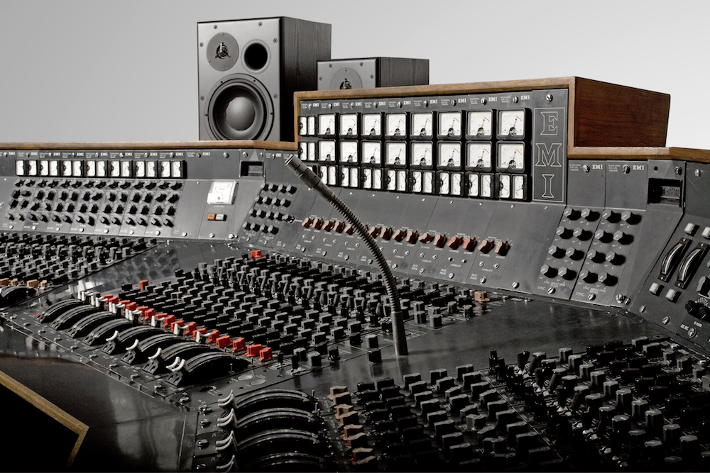 pink floyd s dark side of the moon recording console will still be used to make music. Black Bedroom Furniture Sets. Home Design Ideas