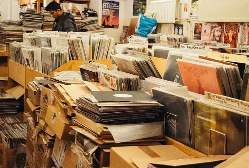 What Discogsu0027 new crackdown means for the siteu0027s future - The Vinyl Factory & Do bootlegs matter? What Discogsu0027 new crackdown means for the siteu0027s ...