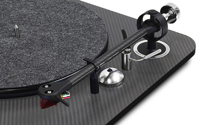 Elipson announces two new flagship turntables in its Omega range