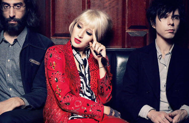 Yeah Yeah Yeahs announce <em>Fever To Tell</em> vinyl reissue, share unreleased song 'Shake It'