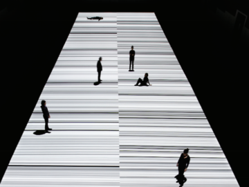 Ryoji Ikeda premieres mind-bending new A/V artwork test pattern [N°12] at The Store X