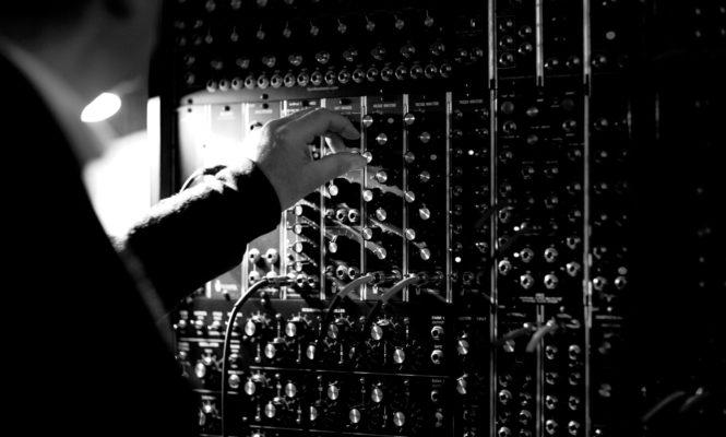 The modular mathematics behind Craven Faults' expansive kosmische musik