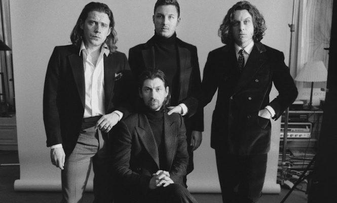 Arctic Monkeys release new album <em>Tranquility Base Hotel &#038; Casino</em> on silver vinyl